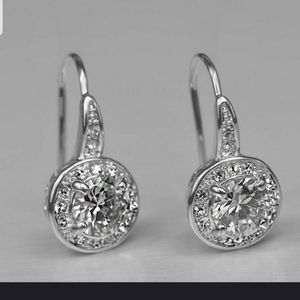 Jewelry - Absolutely Stunning .925 CZ earrings